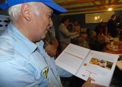 Cuaderno gratuito ayudará a apicultores a registrar sus actividades y mejorar su producción